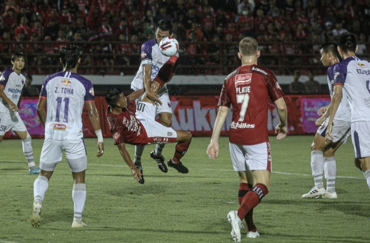 Bali United vs Persita Tangerang - Liga 1 - baliutd. com