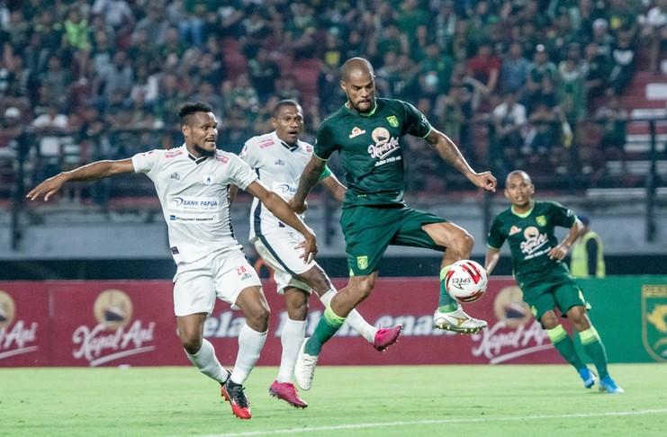 Persipura jayapura menang 4-3 atas Ppersebaya Surabaya pada pekan ke-3 Liga 1 2020.