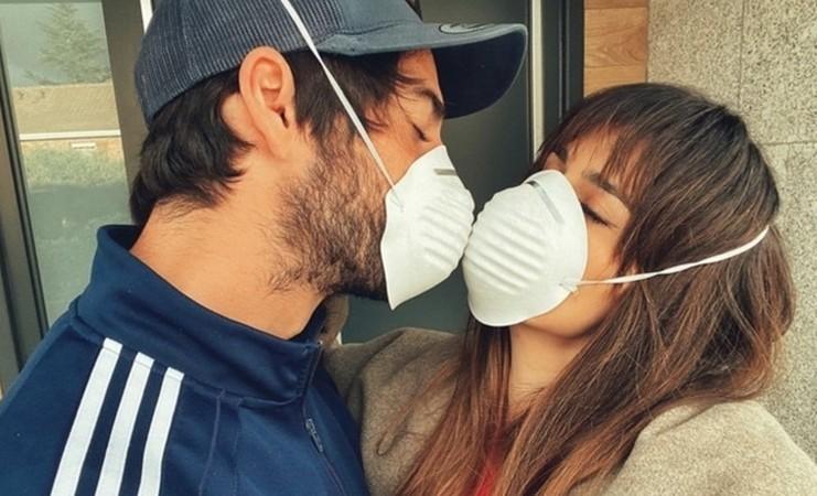 Virus Corona Tak Halangi Isco Bercumbu dengan Kekasih