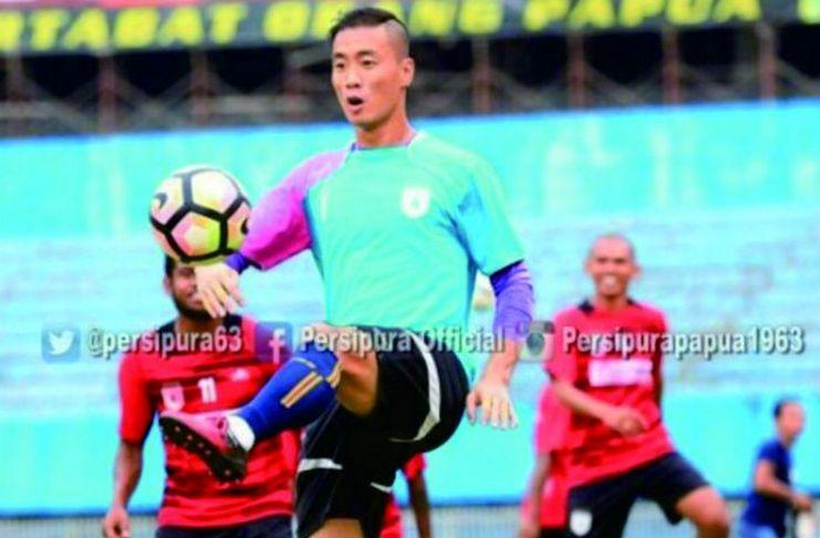 Kamu Pasti Gak Tahu! 5 Kiper Asing Tersukses di Liga Indonesia