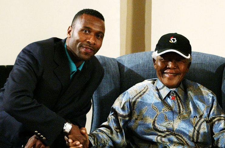 Lucas Radebe - Nelson Mandela - Afrika Selatan - Daily Mirror