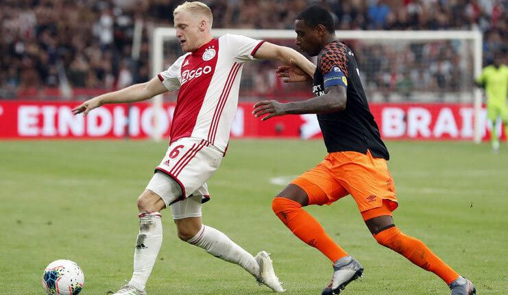 Gaya main Donny van de Beek dinilai Rafael van der Vaart akan cocok dengan Liga Jerman.