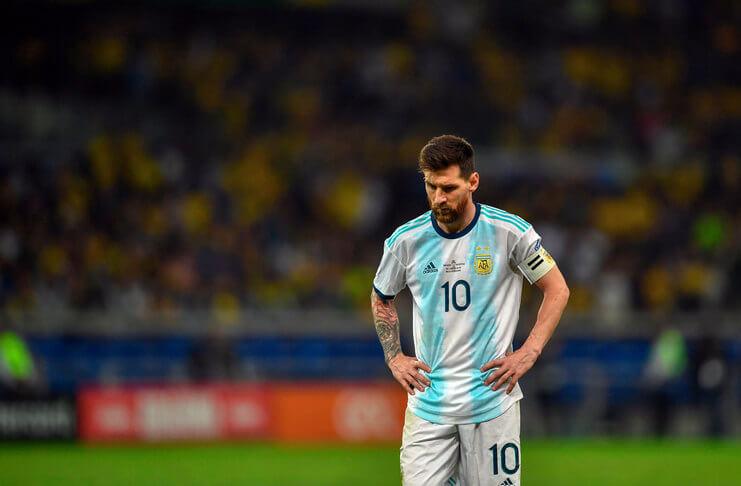 Lionel Messi diharapkan Sebastiao Lazaroni tak senasib dengan Zico yang gagal menjuarai Piala Dunia.