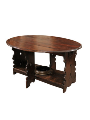 17th Century Italian Gate Leg Dining Table