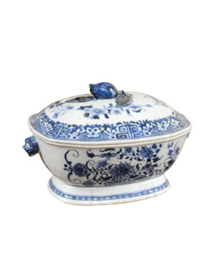 18th Century Blue & White Tureen